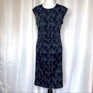 Banana Republic Scoop Neck Cap Sleeve Fitted Dress